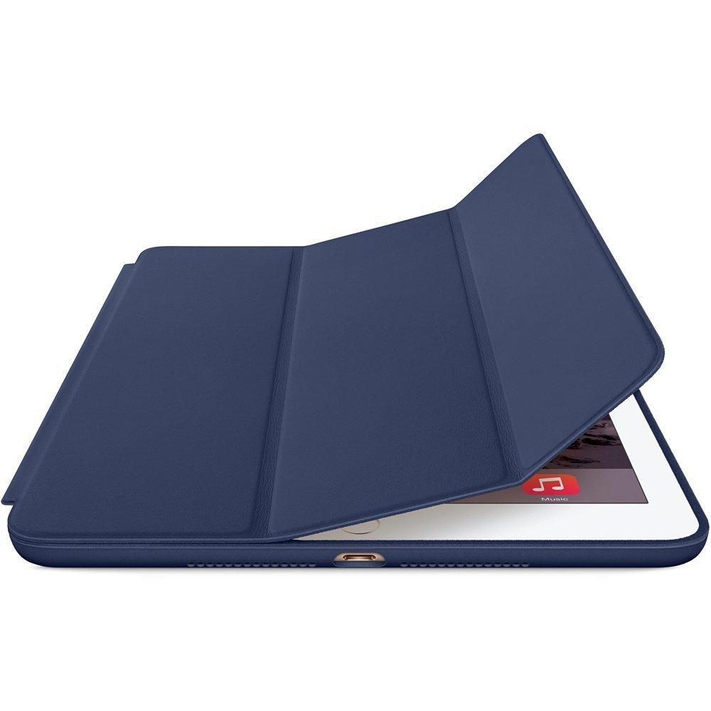 画像はiPad Air 2用のSmart Case。オールレザー製。